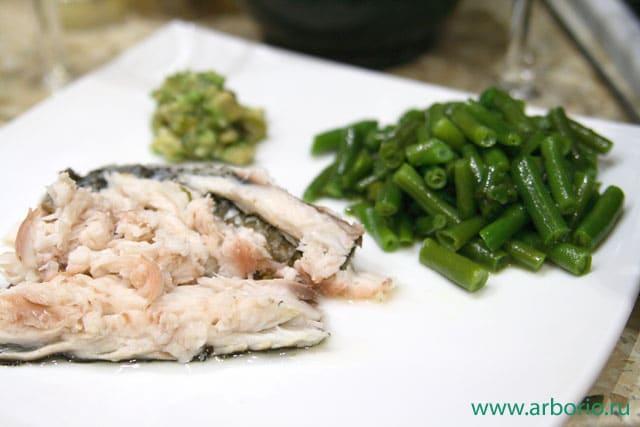 Рыба, запеченная в соли - фото
