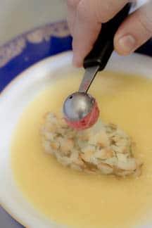 Десерт из фуа-гра с ананасовым соусом - фото