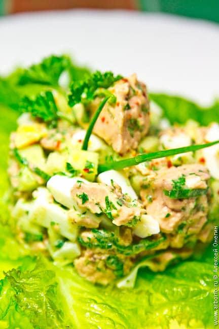 Салат из печени трески - фото