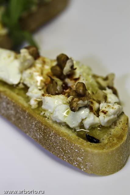 Горячие бутерброды с сыром - фото