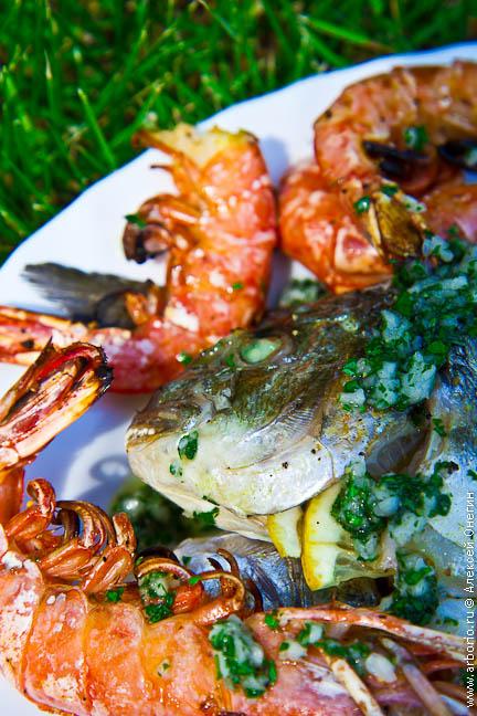 Морепродукты и рыба на гриле рецепт с фото