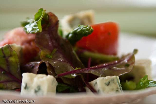 Весенний салат - фото
