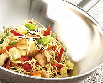 Готовим в воке - китайский ресторан у вас дома - фото