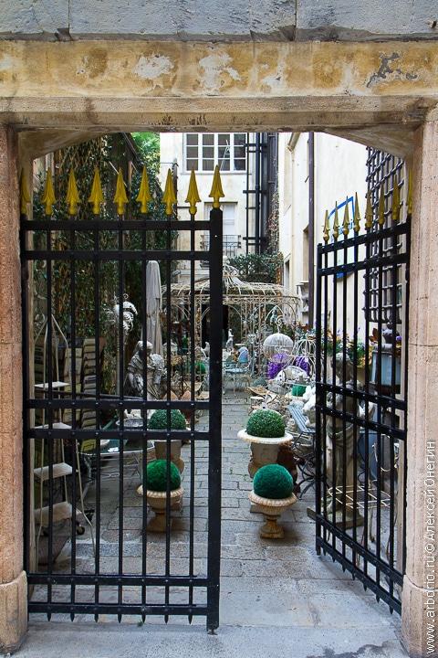 Город-достопримечательность - Генуя, Италия фото