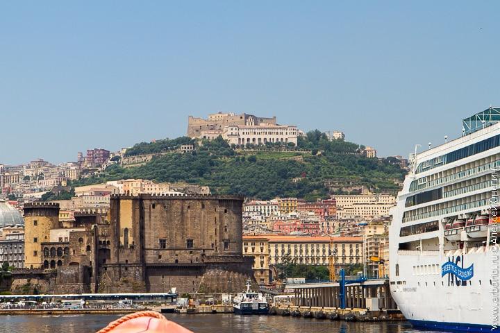 Город с видом на Везувий - Неаполь, Италия фото