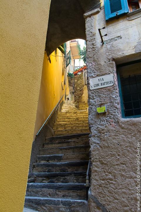 Вернацца - Чинкве-Терре, Италия фото