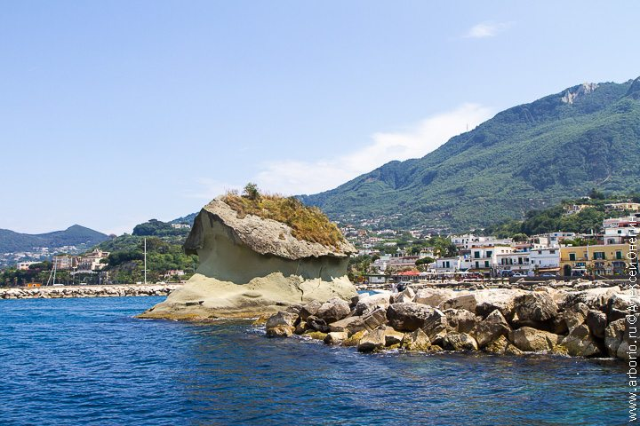 Вокруг острова Искья - Италия фото