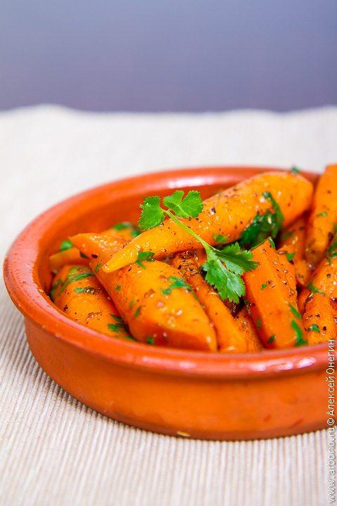 Хрустящая морковь с зирой и кориандром - фото