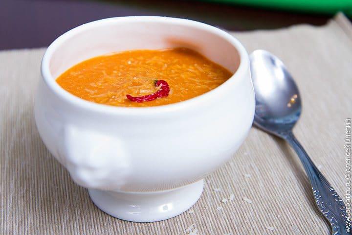 Суп из запеченных перцев - фото