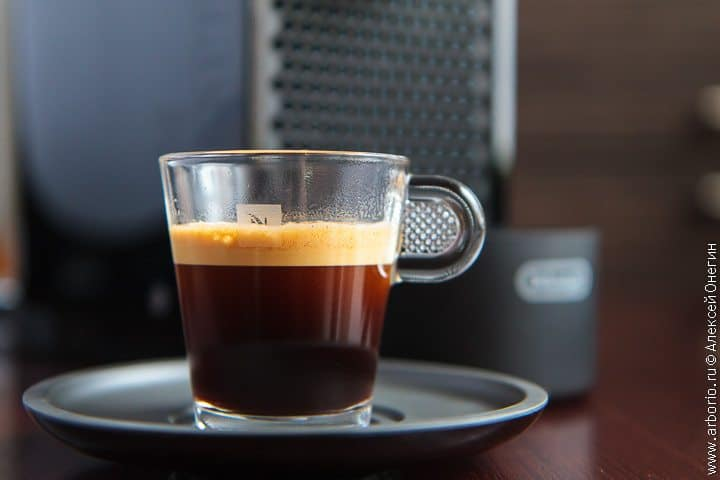 Кофемашина UMilk Pure Black от Nespresso - фото