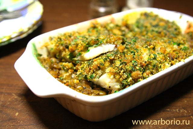 baked cod Запеченная рыба с грибами и травами.