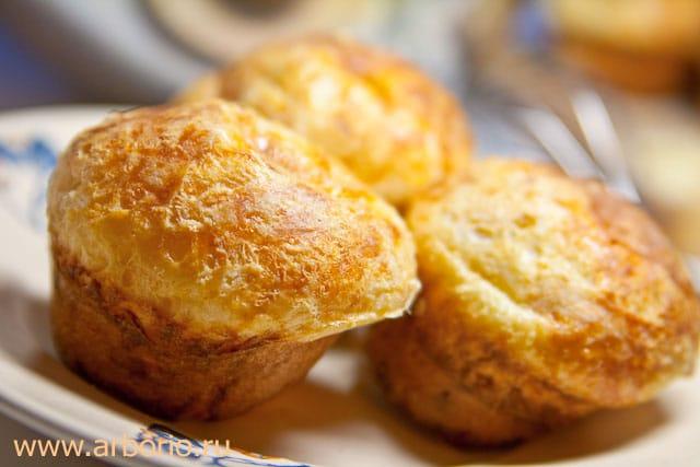 cheese popovers Сырные булочки popovers.