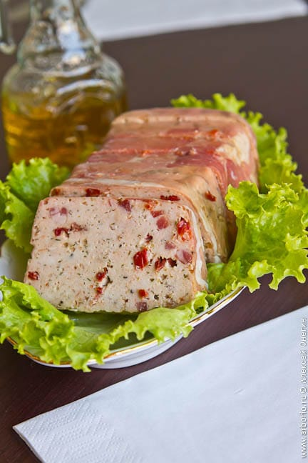 chicken terrine Террин из курицы.
