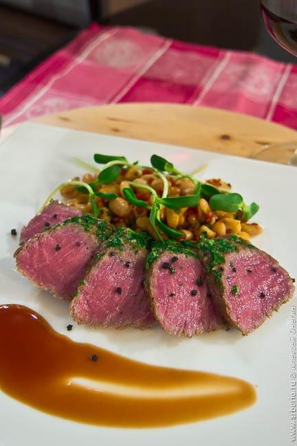 Как определить степень прожарки мяса?