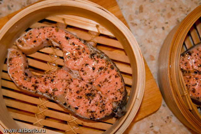 steamed salmon Семга на пару.