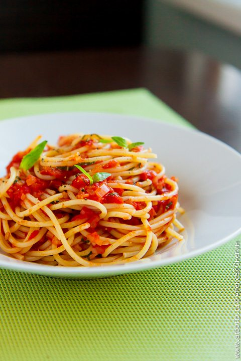 10 лучших блюд из помидоров